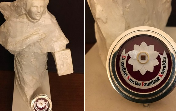 Figurka św. Faustyny Kowalskiej z relikwiami Świętej