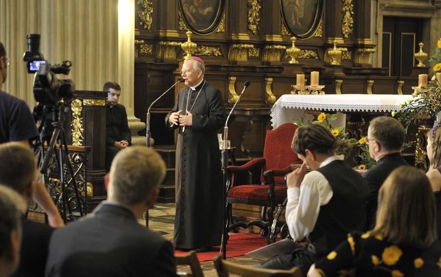 Abp Marek Jędraszewski, Dialogi u św. Anny, czerwiec 2017