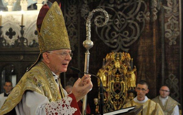 W 73. rocznicę wybuchu Powstania Warszawskiego Mszę świętą w Katedrze Wawelskiej odprawił metropolita krakowski abp Marek Jędraszewski.