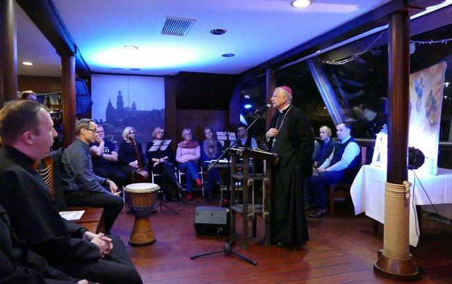 Listopadowa Ewangelizacja na Barce w Krakowie z abp. Markiem Jędraszewskim