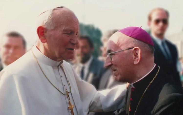 Misja w Warszawie - Film dokumentalny o Abp. Dąbrowskim
