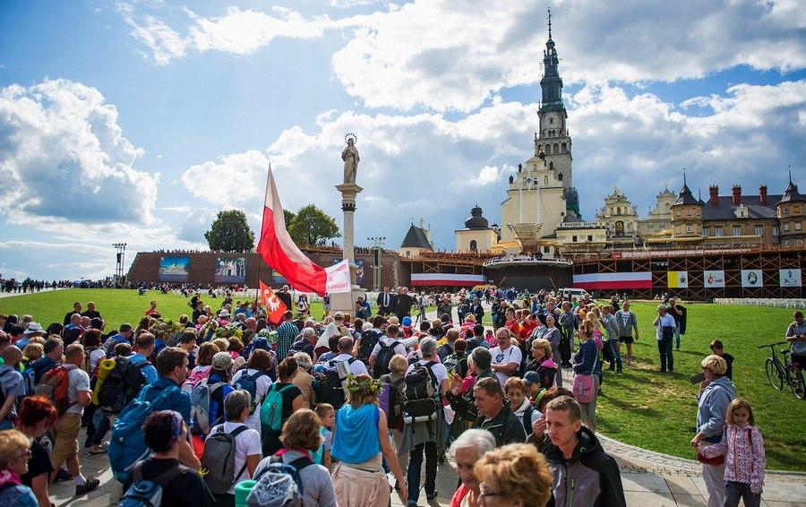 Jasna Góra - Polska Pielgrzymuje