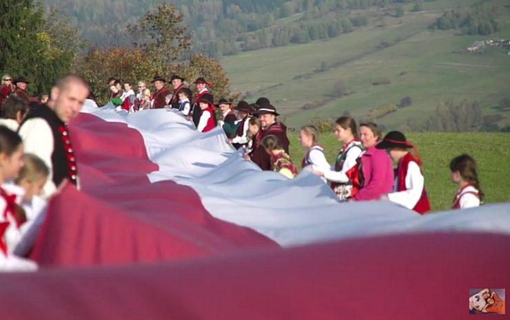 Hymn Polski - wersja góralska - Fundacja Braci Golec