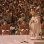 """Film """"Pielgrzym"""" - zapis pierwszej pielgrzymki Jana Pawła II do Polski"""