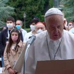 Modlitwa różańcowa z papieżem Franciszkiem w Grocie Matki Bożej z Lourdes w Ogrodach Watykańskich - 30 maja 2020