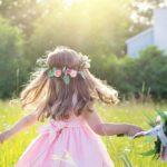 Lato - łąka - dziecko